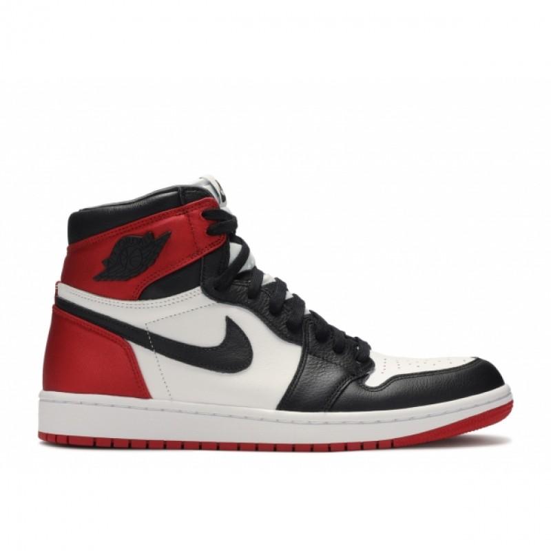 AIR JORDAN 1 Satin Black Toe Taille 38 Rouge Noir Et Blanche